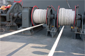 Electric Mooring Winches and Mooring Lines (bow)